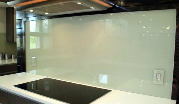 custom kitchen white glass blacksplash